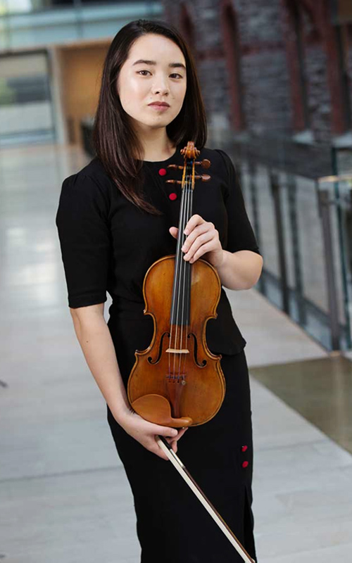 Emma - Violin - Performance Academy